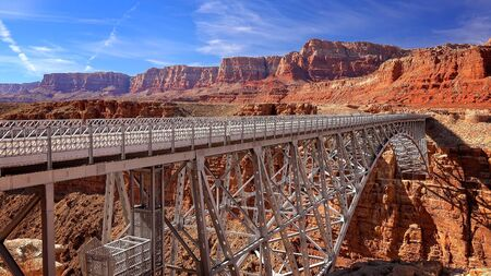 steel arch bridge: The Navajo Bridge in northern Arizona in the town of Page