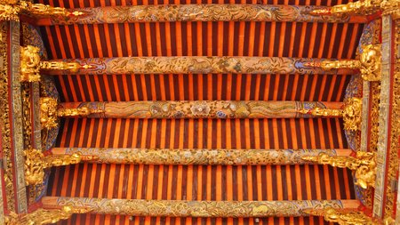 Most intricate design of carving and relief on the wall of Khoo Kongsi in Penang Imagens