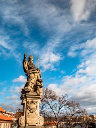 Prague Czechia View of Iconic Charles Bridge Statue Reklamní fotografie - 121016452