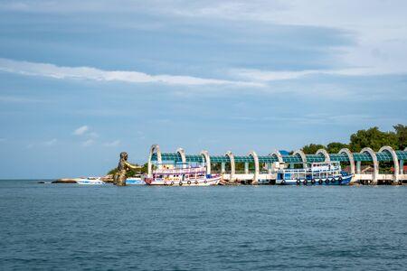 Sailing to Nadan Pier Dock on the island of Koh Samet Thailand South East Asia Zdjęcie Seryjne