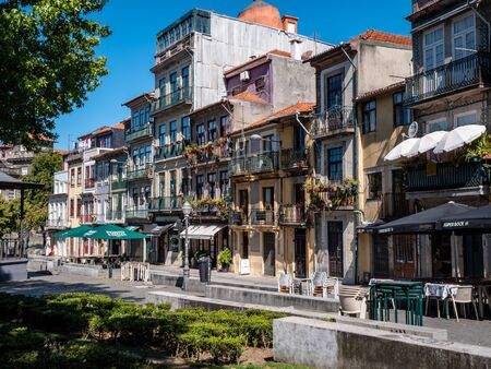 Porto Portugal Street View City life Normal Day Showing Everyday Life Porto Residents September 1, 2019, Streets adorned with beautiful residential buildings and apartments in the old town Standard-Bild - 139859914