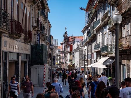 Porto Portugal Street View City life Normal Day Showing Everyday Life Porto Residents September 1, 2019, Streets adorned with beautiful residential buildings and apartments in the old town Standard-Bild - 139859957
