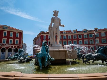 The Fountain of the Sun is located on the south side of Place Massena. On it are five bronze statues respresenting Earth, Mars, Mercury, Venus and Saturn that were sculpted by Alfred Janniot. Editorial