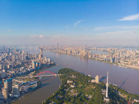Hubei Wuhan summer city skyline scenery 版權商用圖片