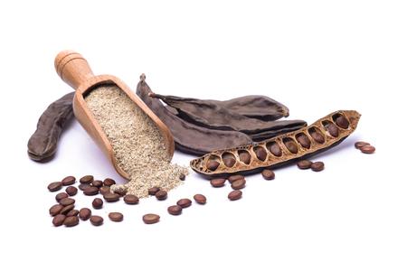 farina: farina di semi di carrube E410