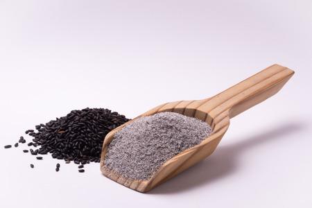 farina: Farina di riso nero falasco venere