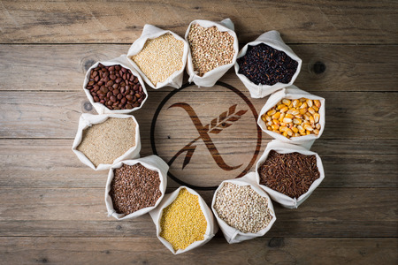 gluten free: cereali senza glutine con gluten free Stock Photo