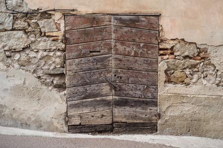 parole: Old ruin wood door texture pattern Stock Photo