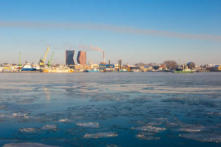 Klaipeda city view from the water in frosty winter sunny day 版權商用圖片