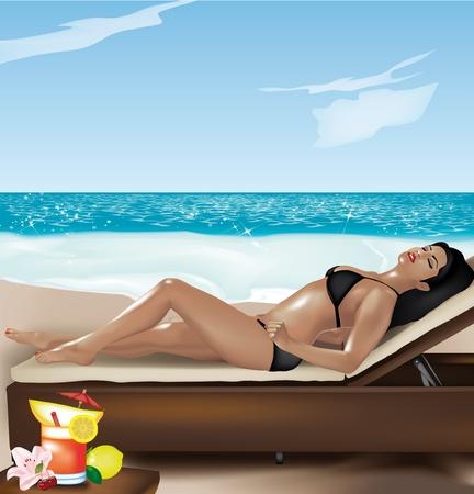 sun tan: Hermosa ni�a de mentir sobre la tumbona en la playa con coctel de frutas