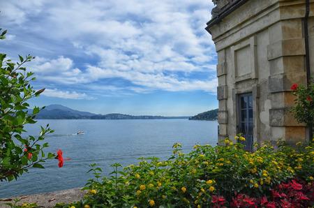 Park of Borromean Palace, Isola Bella, on Maggiore Lake, Italy Banco de Imagens