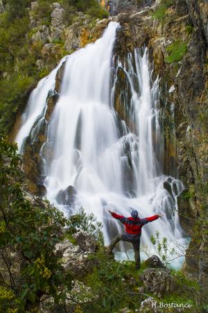 man waterfalls: Waterfallalany to Uansu