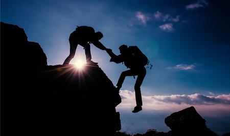 登山家 helpingclimbing ヘルプ