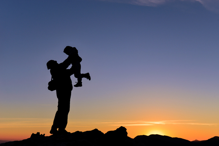 farther: love your child