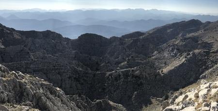tremendous: dangerous mountain ranges that do not pass Stock Photo