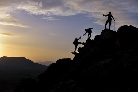 personas exitosas y activas después de la lucha