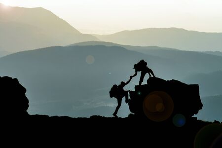 struggle and cooperation of climbers in the high mountains