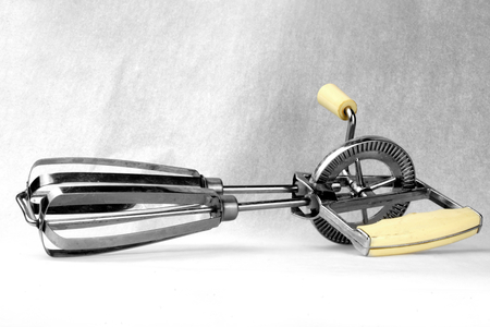 beater: Whisk to Crank
