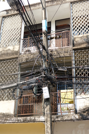 mess: Electric Cables Mess