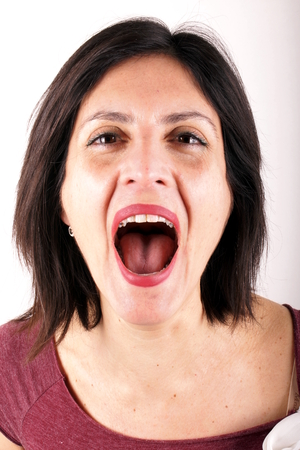 shout: Screaming lady
