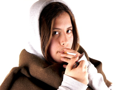 girl smoking: Muchacha que fuma Foto de archivo