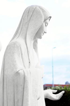 vierge marie: La statue de la Vierge Marie � Medjugorje