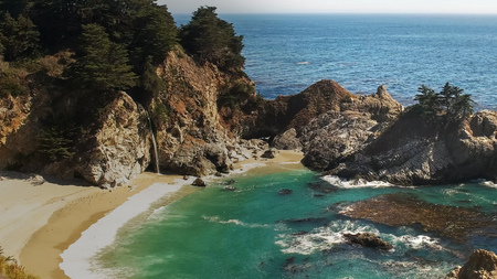 wide view of mcway falls at julia pfeiffer burns state park on highway 1 along the california coast Stock Photo