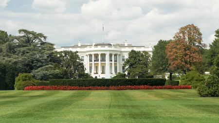 view of the white house in washington from the south lawn
