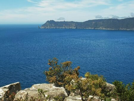 view of cape pillar from the cape hauy track in tasmania 版權商用圖片