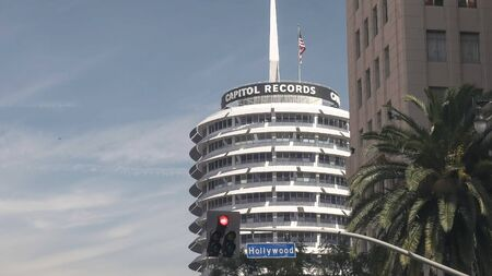 LOS ANGELES, USA MARCH 19, 2017: close shot of capitol records in los angeles 에디토리얼