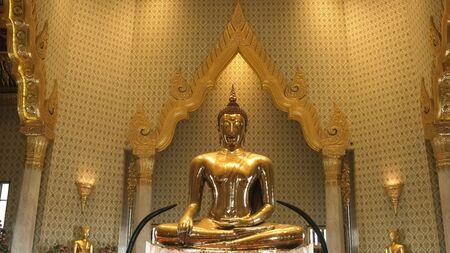 the amazing solid gold buddha in bangkok, thailand