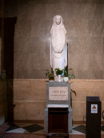 BUDAPEST, HUNGARY- MAY, 26, 2019: a statue of saint rita in st stephens basilica in budapest Redactioneel