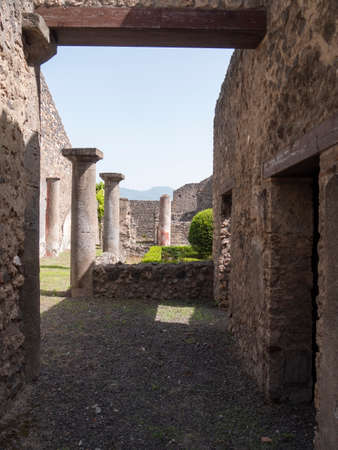 NAPLES, ITALY- JUNE, 13, 2019: ancient columns at the ruins of pompeii 新闻类图片