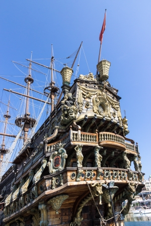 porto: Neptune galleon in Genoa harbor