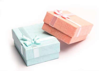 generoso: Azul y rosa cajas de regalo