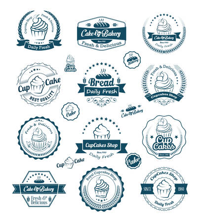 cupcakes isolated: Vintage retro cupcakes bakery badges and labels