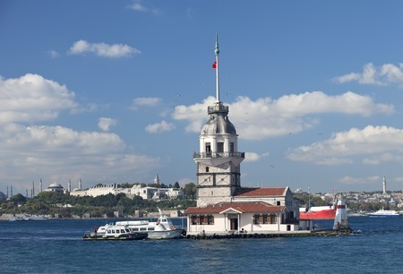 Maiden s Tower in Istanbul, Turkey photo