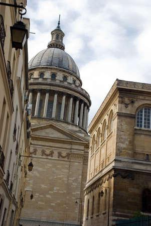 streetscene: Pantheon, Paris