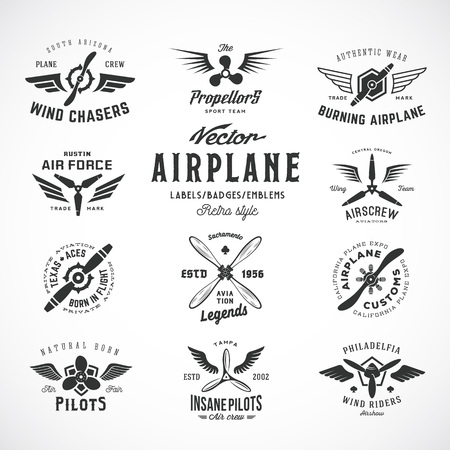 航空機: ビンテージ ベクトル飛行機ラベル セット レトロなタイポグラフィ。分離されました。