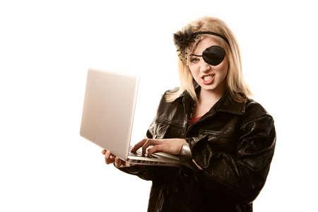 Internet-Piraten, die online-Betrugs oder Identitätsdiebstahls zu begehen
