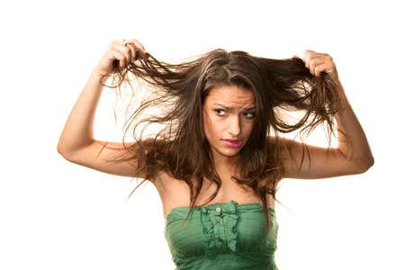 Pretty Hispanic vrouw met rommelige brunette haren Stockfoto - 5927142