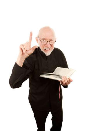 admonester: Pr�tre senior ou Pasteur donnant un sermon fiery de la Bible
