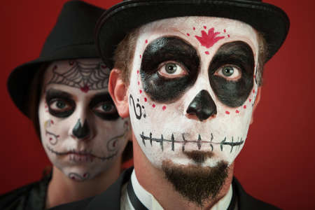 goatee: Couple in skull makeup and for All Souls Day