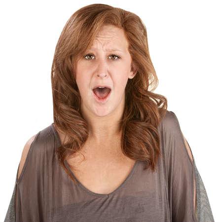 boca abierta: Shocked mujer aislada con la boca abierta