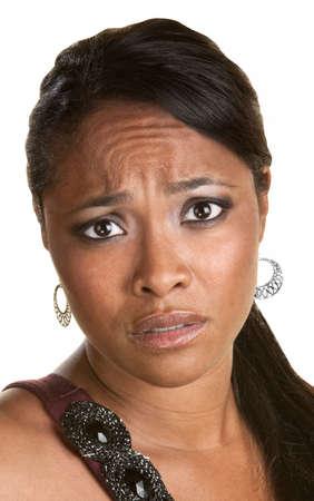 paranoia: Chiudere, su, preoccupato donna nera su sfondo isolato