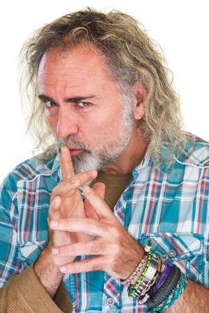 deceptive: Enkele geïsoleerde persoon in flanellen hemd fluisteren