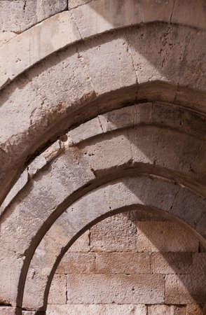 arcos de piedra: Detalle de arcos de piedra en la construcción de Turquía