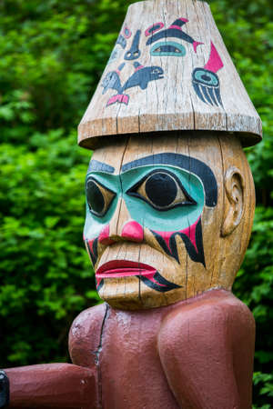 tlingit: Detail of Tlingit Pointing Figure at Saxman Village near Ketchikan