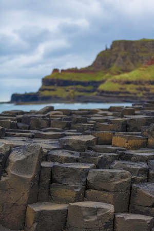 Hexagonal basalt structures at Giants Causeway in Northern Ireland 免版税图像