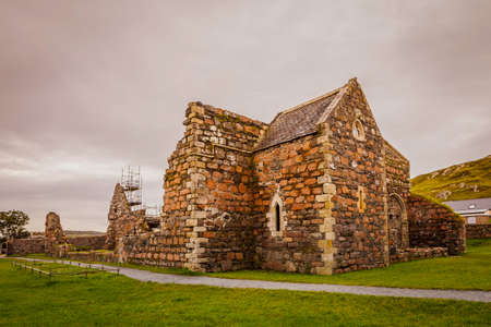 Ruins of the nunnery under restoration on the island of Iona Standard-Bild - 120887780